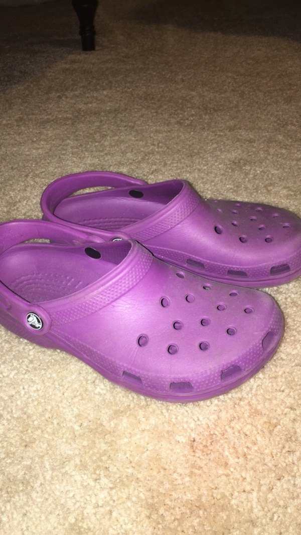 155fdd7fa Used barely used size 8 purple crocs for sale in Arlington - letgo