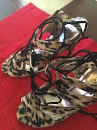 Shoes size 10 only Beautiful (new)