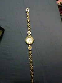 round gold analog watch with link bracelet Haslet, 76052
