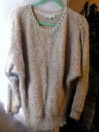 BLACK RIVAT CHAMPAGNE FUZZY JEWELED KNIT Anaheim, 92804