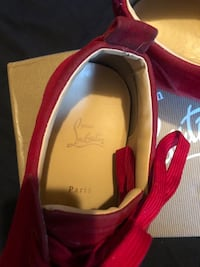 **RED BOTTOMS** Christian louboutins for sale men's size 11  , K0L