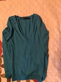 The Limited sweater shirt size medium Manchester, 37355