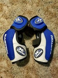 Easton elbow pads Newmarket, L3Y 3W8