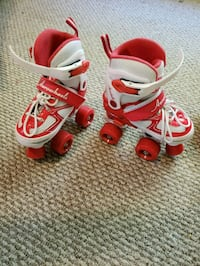 toddler's red-and-white Nike shoes Manchester, 37355