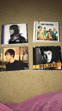 Justin bieber  and 1D CDs Dollard-des-Ormeaux, H9A