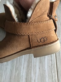 Chestnut ankle uggs