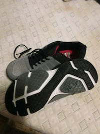 Men's sneakers. Worn once. Size 10 wide Edmonton, T5P 2B3