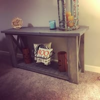 Console table Raleigh, 27612