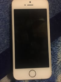 iPhone SE Excellent Condition (Lowest I'll Go Is 95)