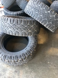 ONLY 3 TIRES!! (3) 325/60/20 Wrangler Duratracs