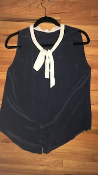 Aritzia (babaton) navy blue silk sleeveless top  Coquitlam, V3J 3P8