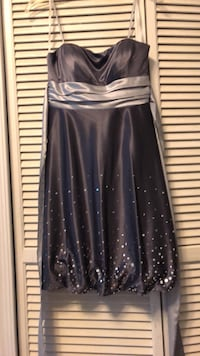 Gray Party Dress with Silver Sash. Size 5/6 Fort Washington, 20744