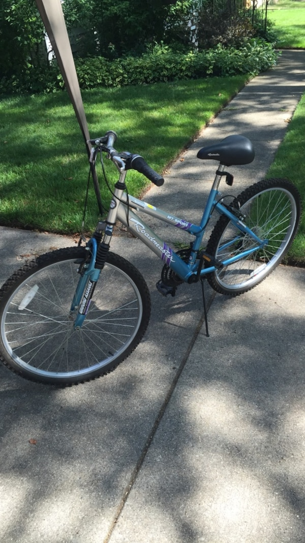 4ccb7111030 Used Roadmaster 18 speed bike for sale in Georgetown - letgo shimano 18  speed index shifting