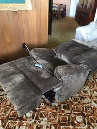 **NEVER USED** chair lift AND Reclining Bed Sarasota, 34236