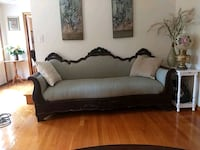 Beautiful antique couch West Boylston, 01583