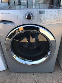 Frigidaire front load washer  Dallas, 75203