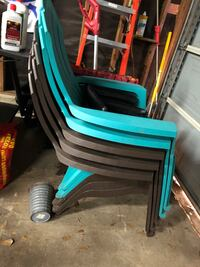Plastic outdoor chairs - 6