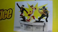 Young Justice 3 statues to 1!! Rare!!! Elmont