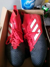 Adidas cleats shoes