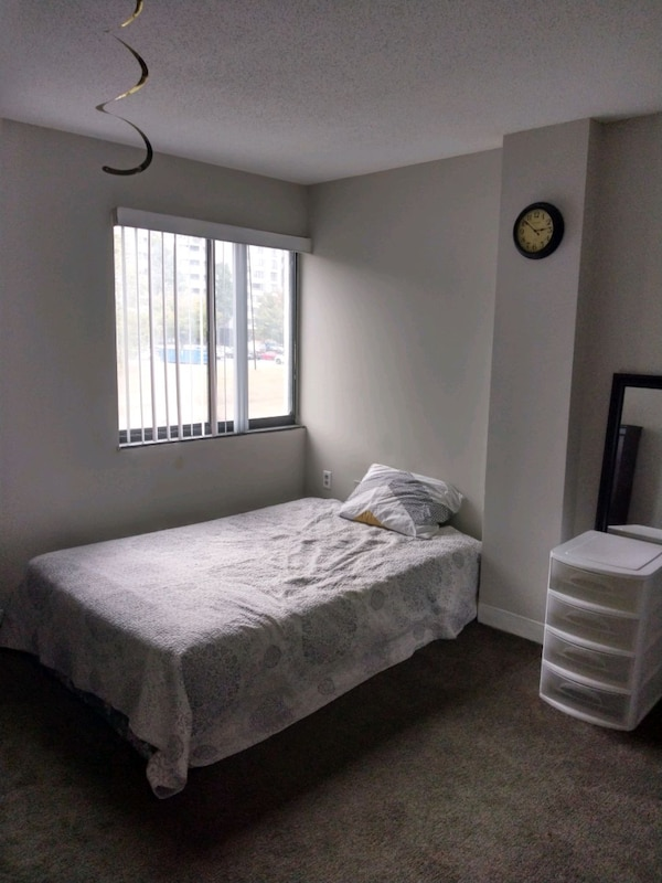 Sharing APT , one bedroom for rent  98135f1c-dcb0-47fc-8f74-ae08277b73e2
