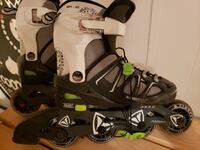 Rollerblades yourh size 12 to 1 Mississauga, L5E 1Y5