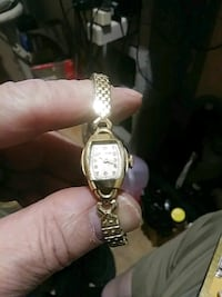 Gold watch 87 fifty Fairfax, 22032