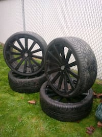 305/30/ZR26 tires on 26inch Valocity rims