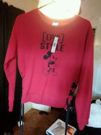 Mickey mouse sweater Fresno, 93702