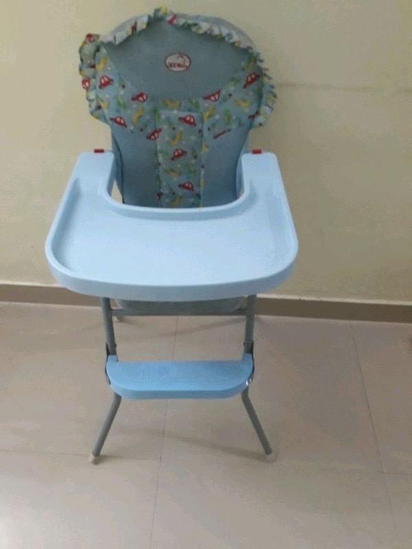 Infant to toddler booster seat