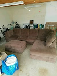 Section couch with ottoman Costa Mesa, 92627