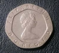 1982 & 1987 Queen Elizabeth II. 20 Pence Chesapeake, 23320
