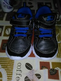 toddler's black-and-blue velcro shoes Des Moines, 50320