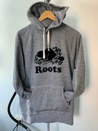 Roots tracksuit  Toronto, M5V 3Y7