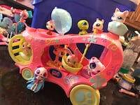 Littlest pet shop set