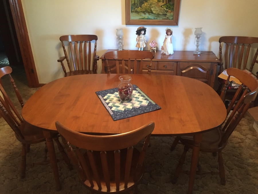 used sprague carleton solid rock maple dining table for sale in rh us letgo com