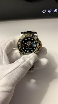 Rolex Gmt master II 2-tone gold watch read ad  535 km