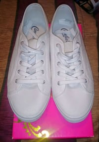 Candies size 9. Brand new Fort Defiance, 24437