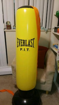 yellow and orange Everlast freestanding heavy bag Mississauga, L4Y 4B7