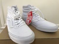 Vans ladies size 7.5 brand new  Scugog, L9L 2E1