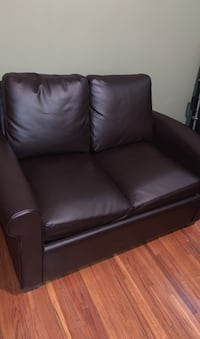 Pullout Loveseat (needs mattress) Jeffersonville, 47130
