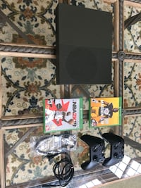 XBOX ONE S w/ 2 games and 2 controllers Rockville, 20853