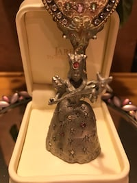 Pretty ! Silver / Pewter Princess Solid Figure with Crystals Gainesville, 20155