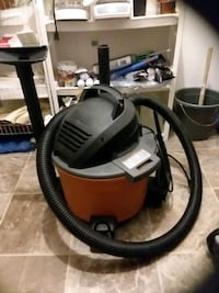 rigid shop vac great condition everything works all the attachments Des Moines