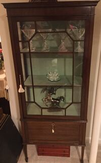 Brown wood-framed clear glass display cabinet Frederick, 21703
