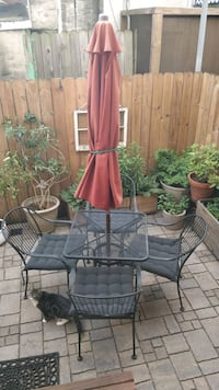 5-piece patio set with cushions and umbrella