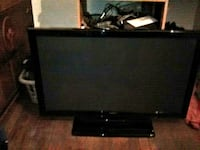 """55""""black flat screen TV with remote Detroit"""