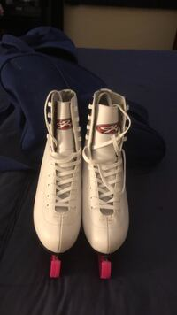 pair of white Nike Air Force 1 high shoes Toronto, M9B 3L8