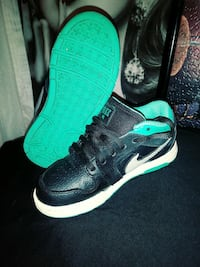 Turquois and blk a Nike dunk's Modesto, 95350