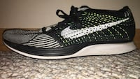 Size 8 flyknit racer 8.5/10 quality