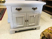 Solid pine nightstand painted pebble  Frederick, 21701